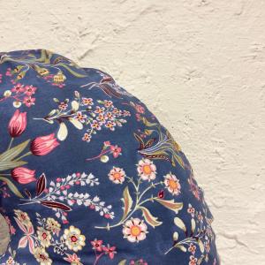 Medzinožník COMFORT - Kvety na modrej